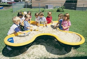 http://www.archiexpo.com/prod/miracle/sandboxes-for-playgrounds-56099-251253.html